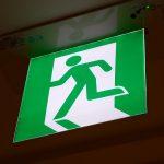 Quelles sont les normes réglementant les éclairages de sécurité incendie ?